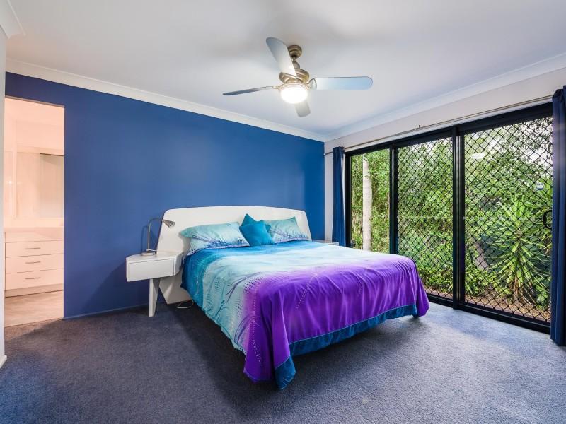 20 Sturt Street, Oxenford QLD 4210