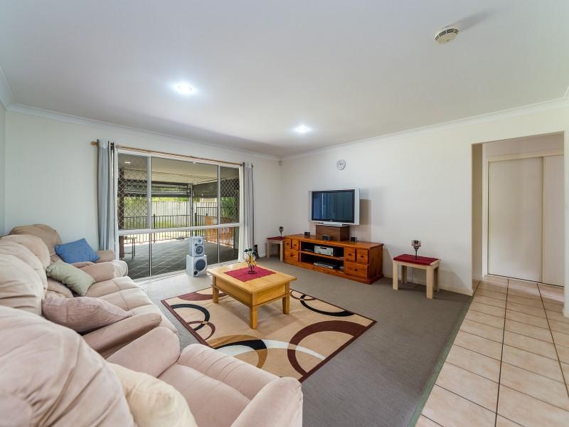 27 River Meadows Drive, Upper Coomera QLD 4209