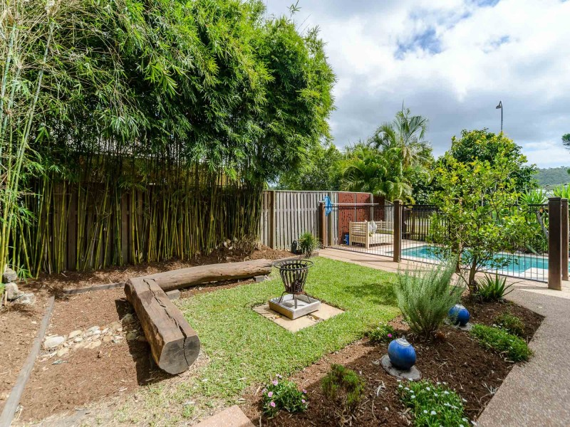 5 Homestead Circuit, Maudsland QLD 4210