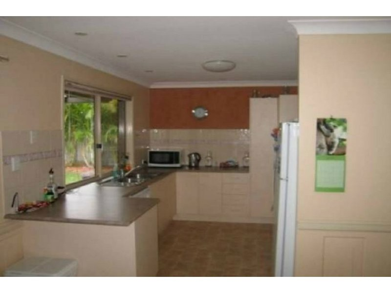 2 Cawley  Place, Oxenford QLD 4210