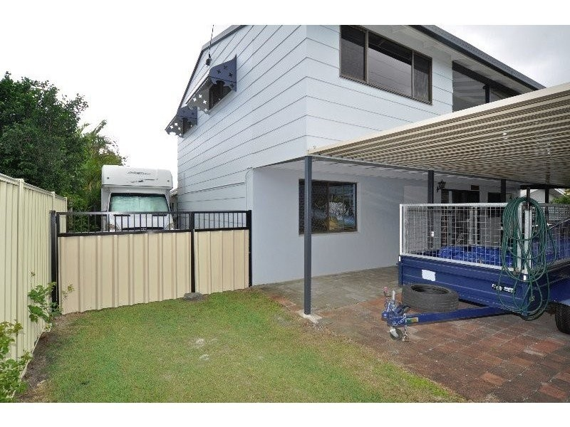 212 Oxley Drive, Coombabah QLD 4216