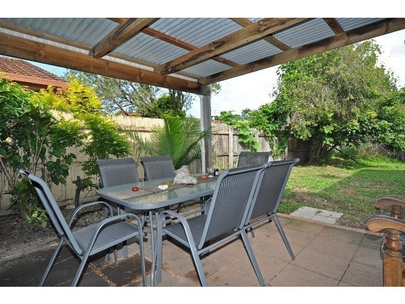 1/2 Echidna Court, Coombabah QLD 4216