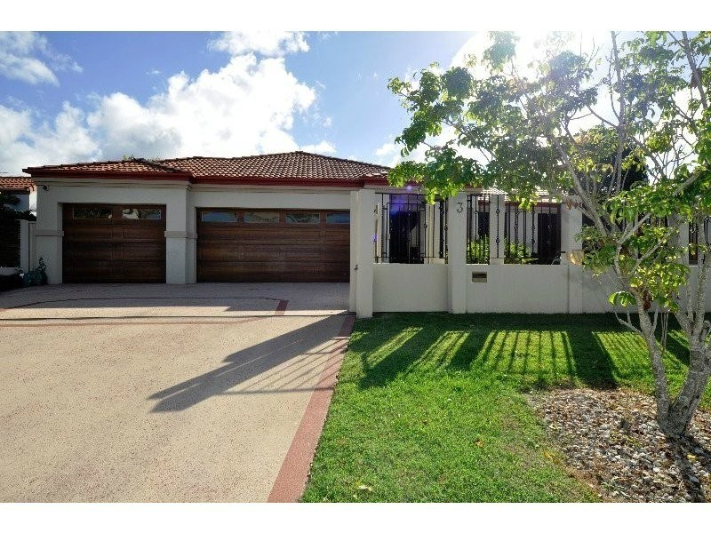 3 Biscay Way, Coombabah QLD 4216