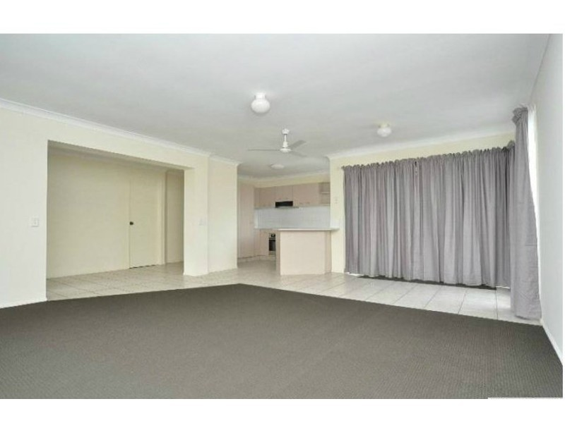 52 Marble Arch Place, Arundel QLD 4214