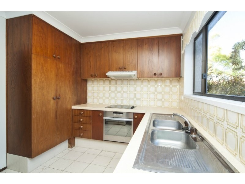 1/1 Havana Key, Broadbeach Waters QLD 4218