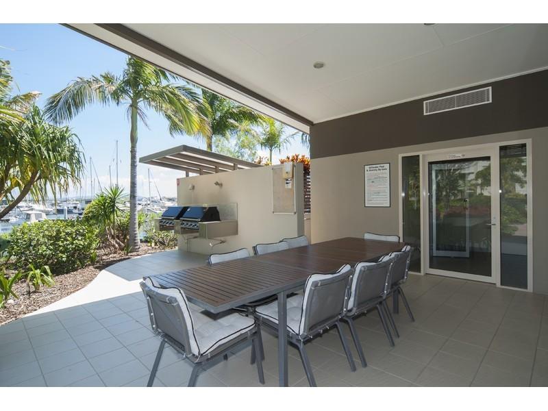 1748/1 Rialto Quay Drive, Hope Island QLD 4212