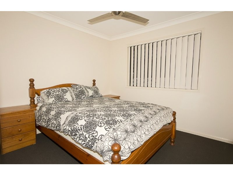 35 Cherokee Place, Heritage Park QLD 4118