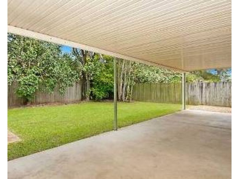 93 River Oak Drive, Helensvale QLD 4212