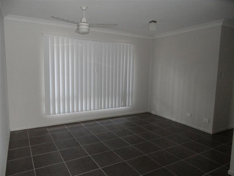 88 High Street, Blackstone QLD 4304