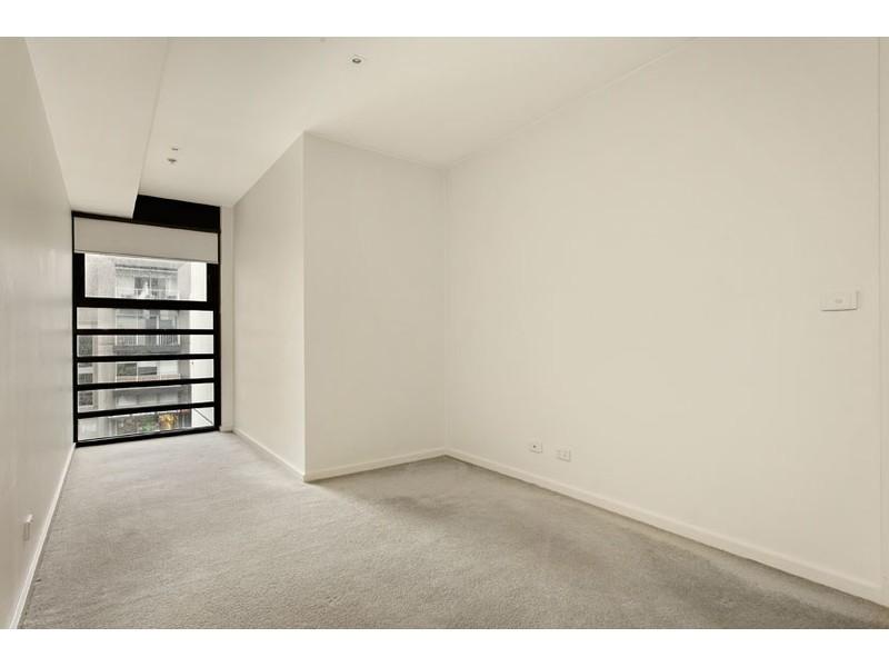 304/57 Bay Street, Port Melbourne VIC 3207