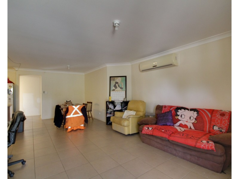 33 Hugo Drive, Beaudesert QLD 4285