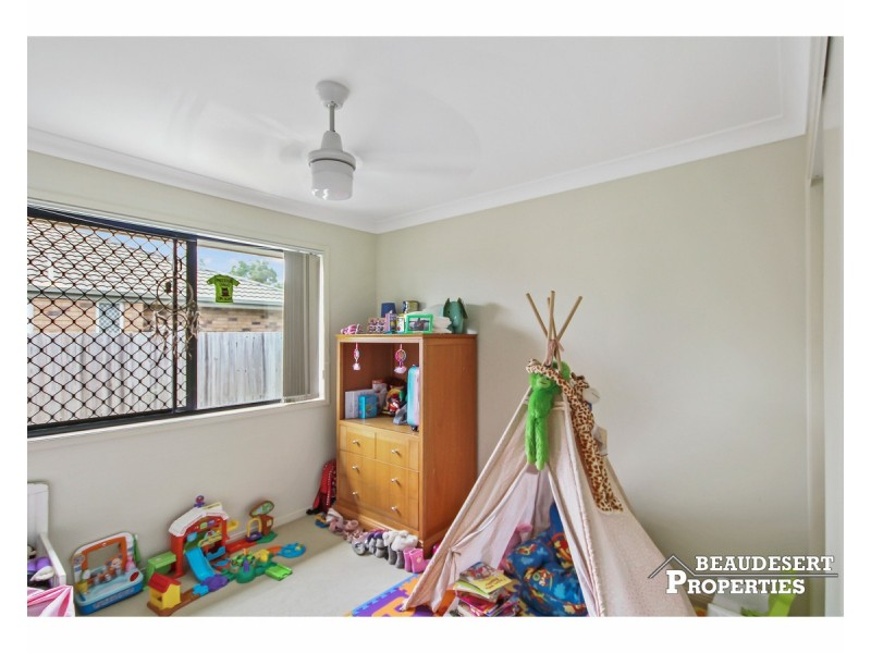 7 Hillside Crescent, Beaudesert QLD 4285