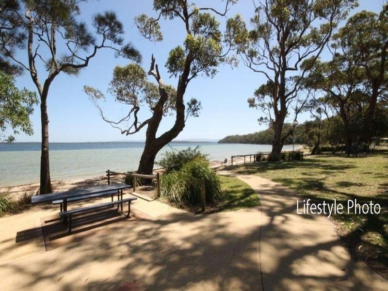 1/11 Leumeah  Street, Sanctuary Point NSW 2540