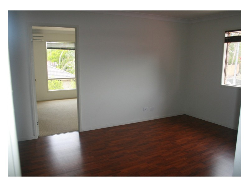 1/75 Vansittart Road, Regents Park QLD 4118
