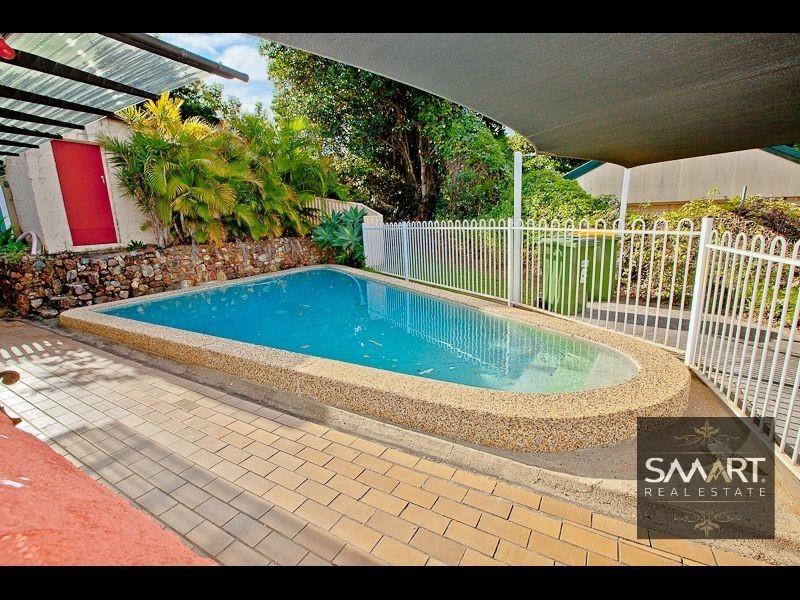 12 Berringa Court, Ashmore QLD 4214