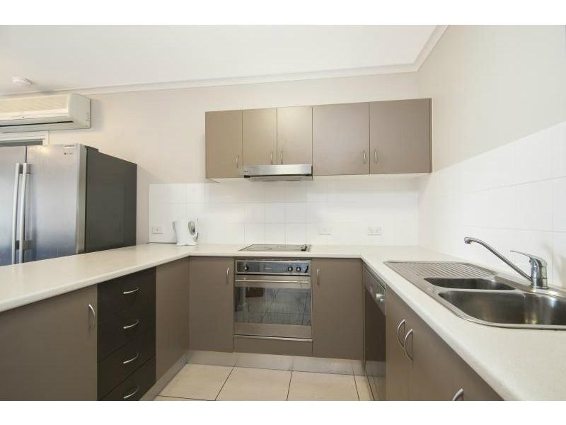 92 Digger Street, Cairns North QLD 4870