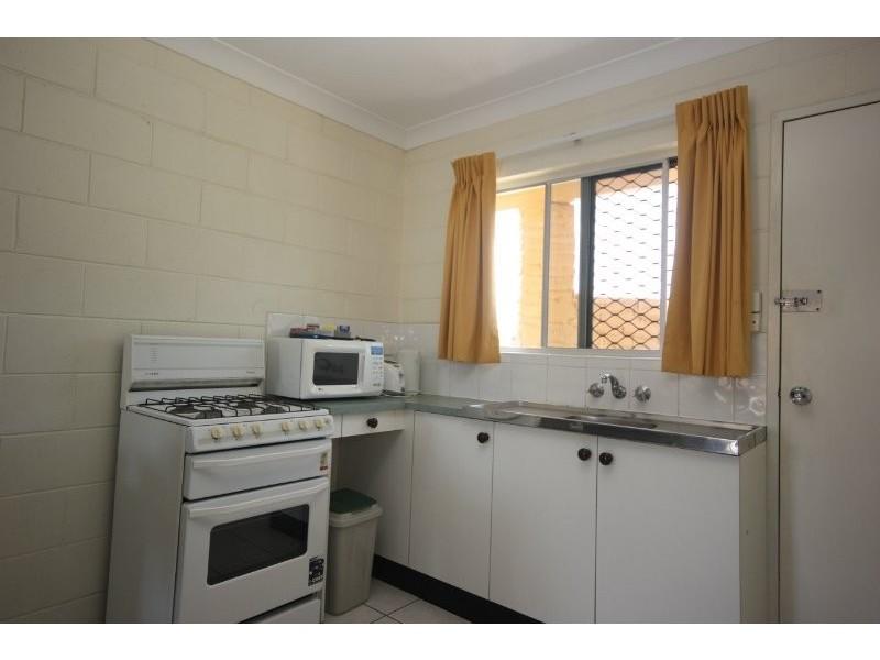 18/276 Sheridan Street, Cairns North QLD 4870