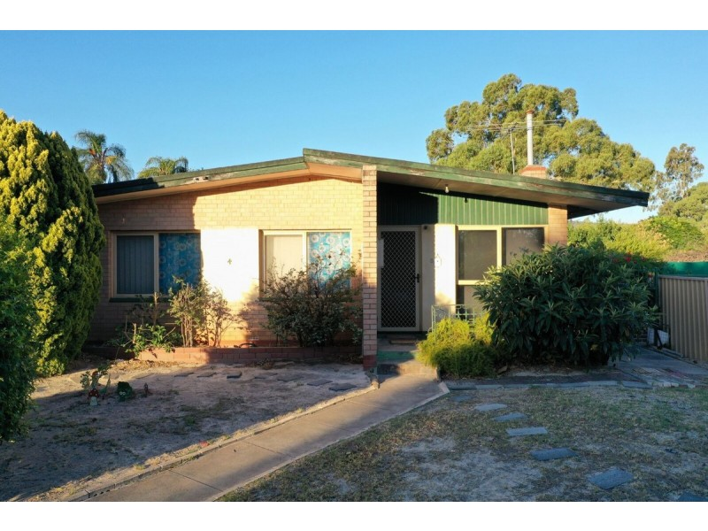 4 Stanford Street, Maddington WA 6109