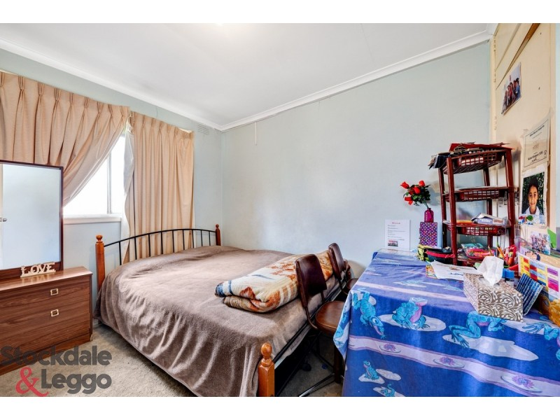 10/18 Ridley Street, Albion VIC 3020