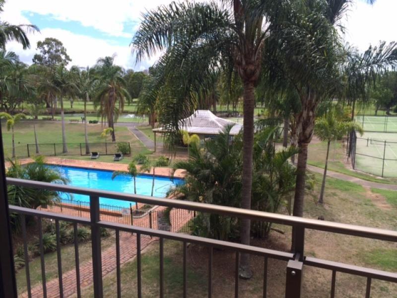 13 FAIRWAY DRIVE, Clear Island Waters QLD 4226