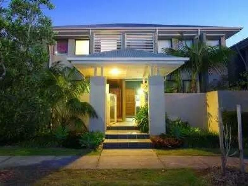 45 Bundall Rd, Bundall QLD 4217