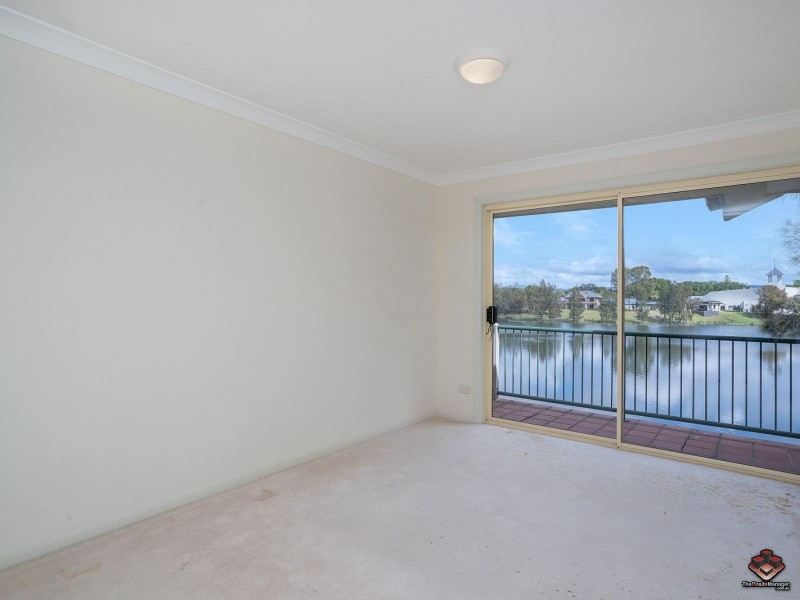Unit 62 / 7-9 Santa Cruz Boulevard, Clear Island Waters QLD 4226
