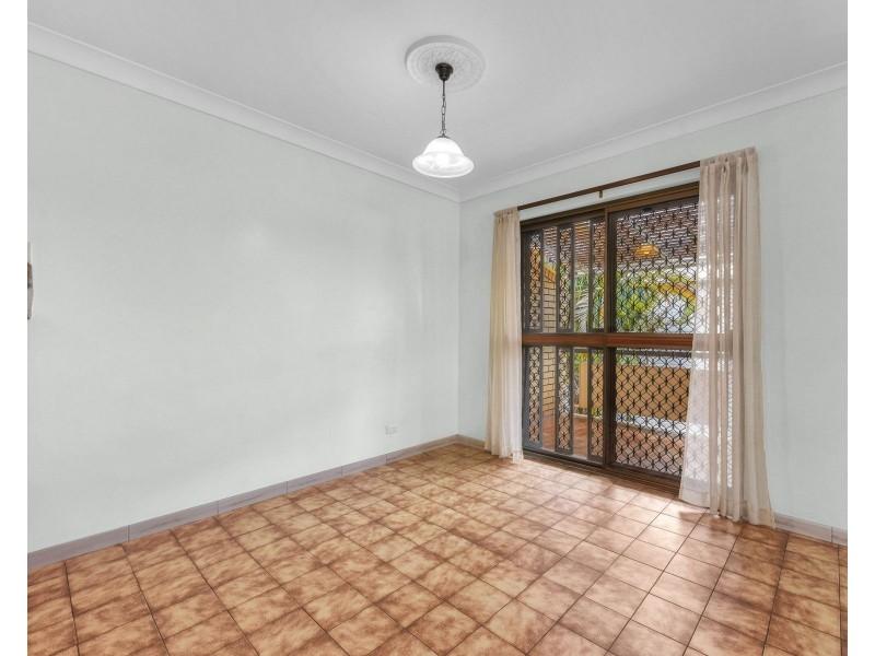8 Heidelberg Street, East Brisbane QLD 4169