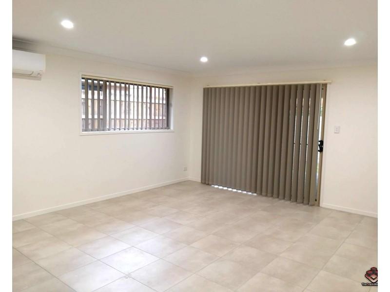 55 Village Blvd, Pimpama QLD 4209