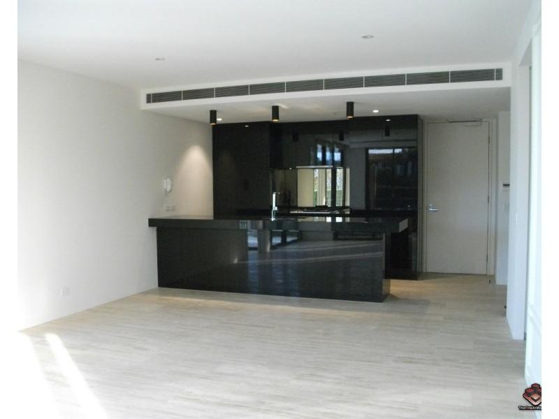 1 Marina Drive, Benowa QLD 4217