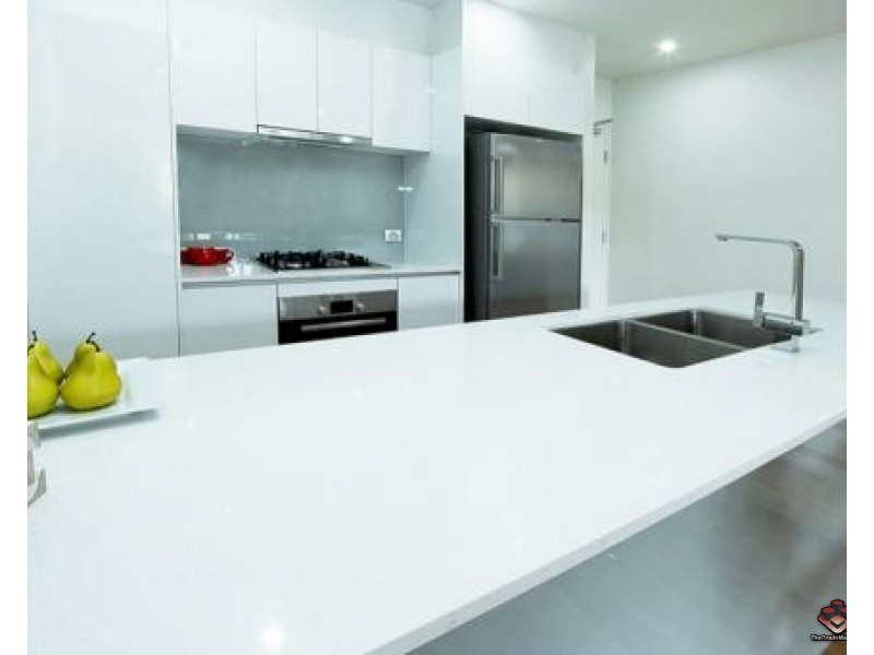 2 Laurence Street, St Lucia QLD 4067