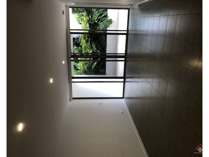 ID:3897103/2105  1-7 Waterford Court, Bundall QLD 4217