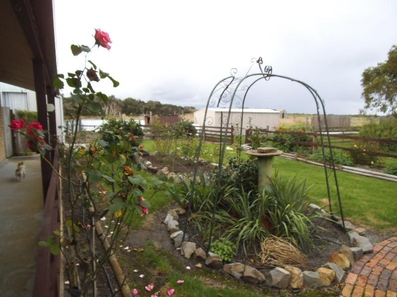1611 Lady Barron Road, Ranga, Flinders Island TAS 7255