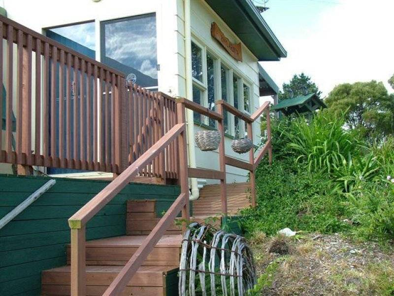 17 Serena Road, Adventure Bay TAS 7150