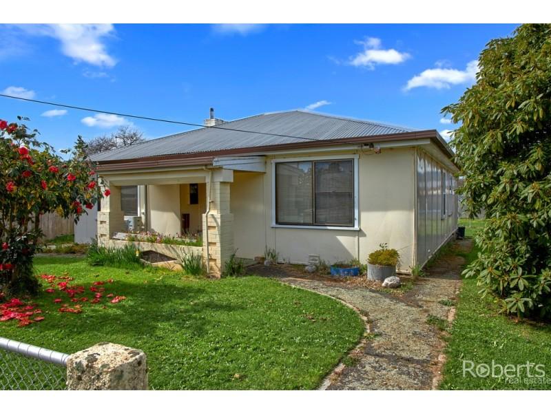 13 Coplestone Street, Scottsdale TAS 7260