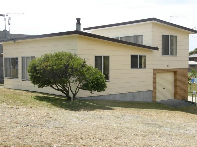 2 Barrack Street, Akaroa TAS 7216