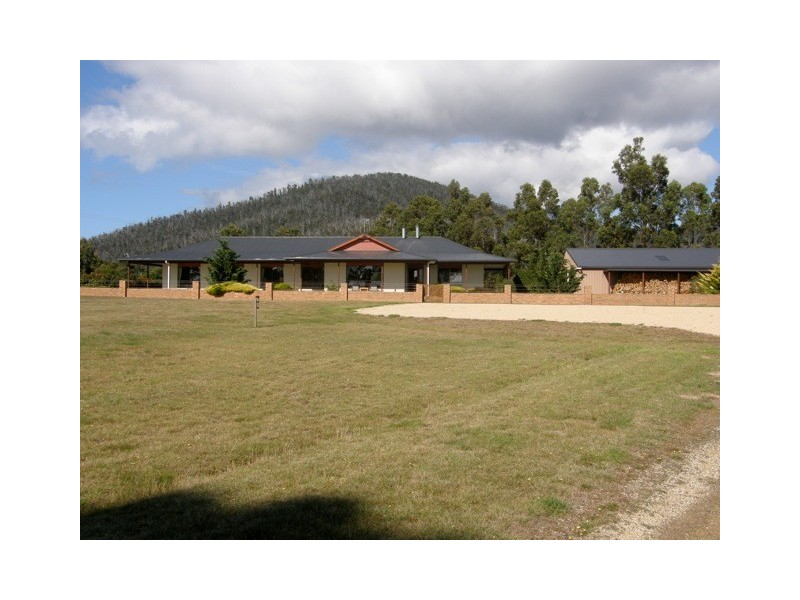 21506 Tasman Highway, Four Mile Creek TAS 7215
