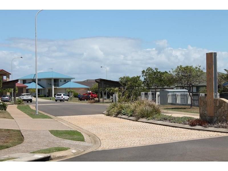 4 Breeze Drive, Bargara QLD 4670