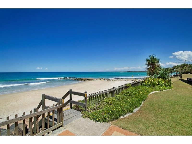 5 Dingle Avenue, Kings Beach QLD 4551