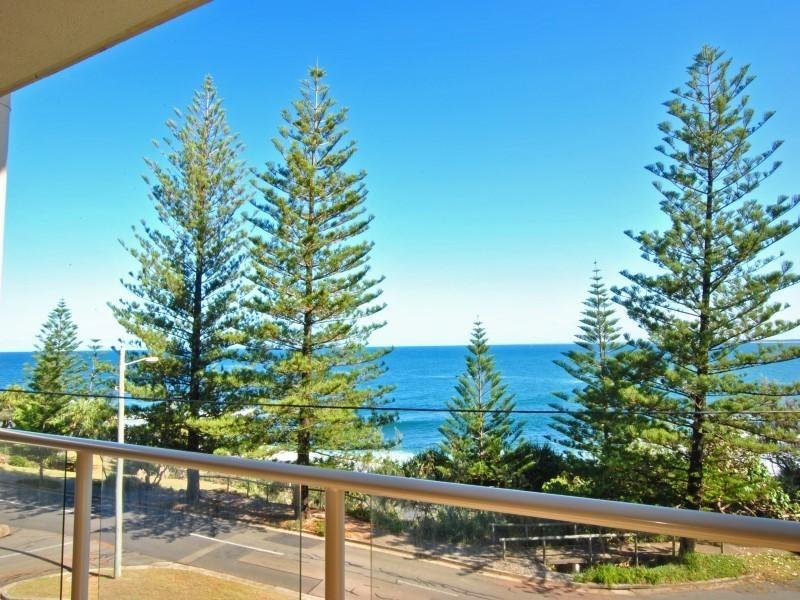 3/ 12 Esplanade Headland, Kings Beach QLD 4551