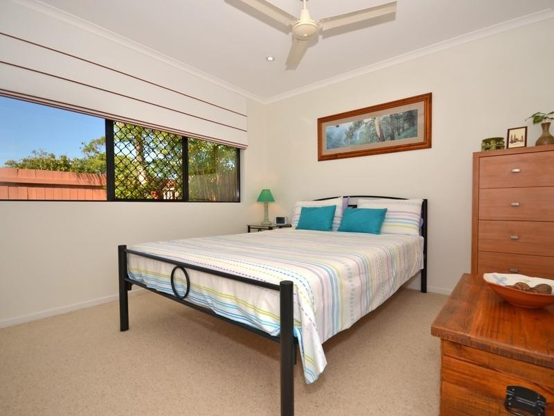 4/ 9A Browning Boulevard, Battery Hill QLD 4551