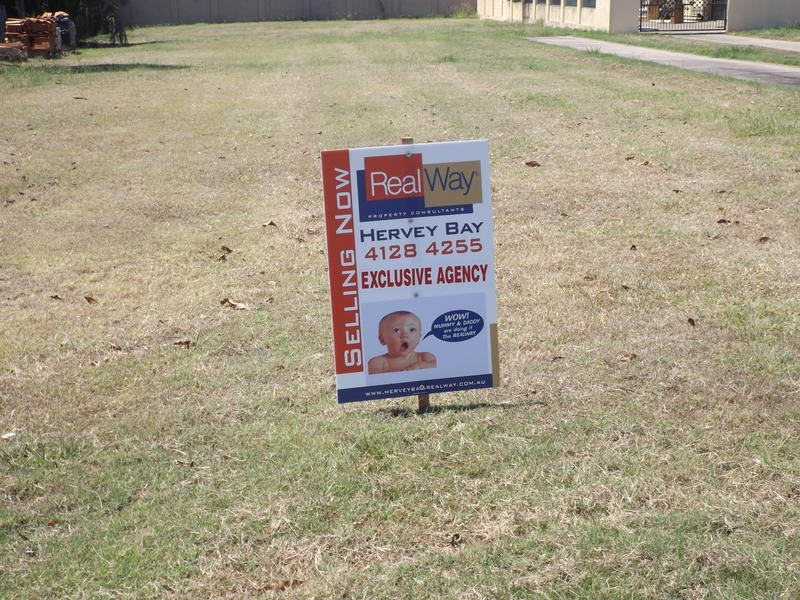 166A Long St, Point Vernon QLD 4655