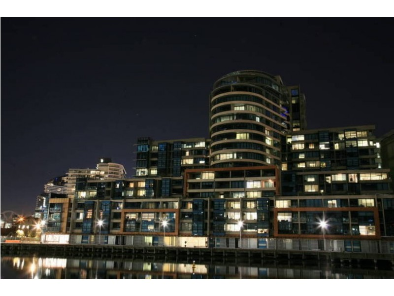 110/60 Siddeley Street, Docklands VIC 3008