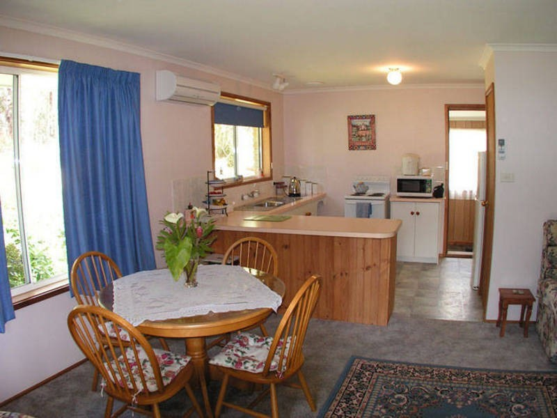 33 Seaview Road, Adventure Bay TAS 7150