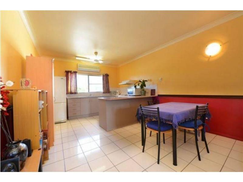 Lvl 1 11 Ingham Court, Mooroobool QLD 4870