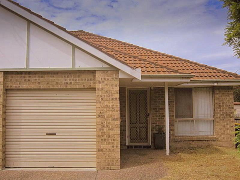 2/41 Burns Road, Ourimbah NSW 2258