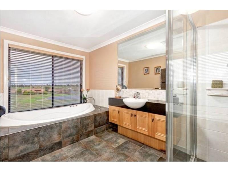 9  Vista Court, Altona Meadows VIC 3028