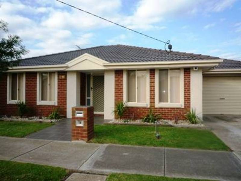 2/96 Merton Street, Altona Meadows VIC 3028