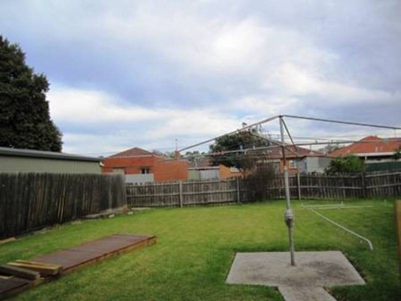 65 Cooper Ave, Altona North VIC 3025