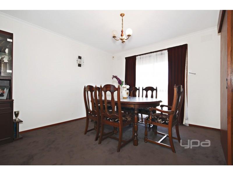 33 Evergreen Avenue, Albanvale VIC 3021