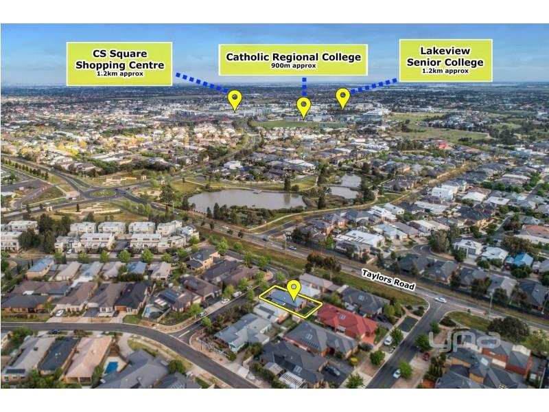 27 Cobaw Circuit, Caroline Springs VIC 3023